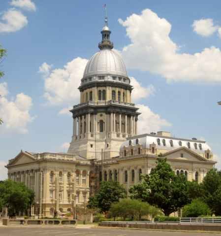 Help for Single Mothers in Illinois